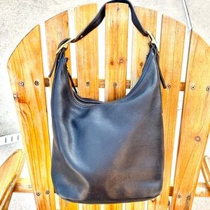 VINTAGE COACH BLACK LEATHER LEGACY WEST HOBO BAG